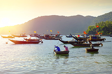 Fishermen in traditional round basket coracle boats on Cham Island, Quang Nam, Vietnam, Indochina, Southeast Asia, Asia