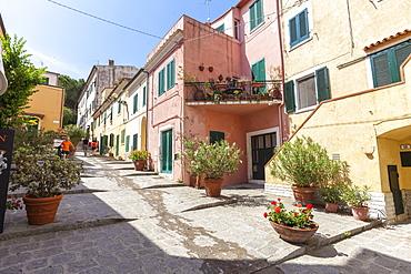 Ancient alley, Marina Di Campo, Elba Island, Livorno Province, Tuscany, Italy, Europe