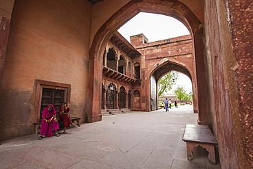 Gateway to the Taj Mahal, structure of sandstone marks the border between noise of the city and tranquility of the mausoleum, Agra, Uttar Pradesh, India, Asia