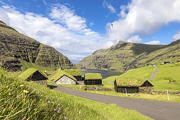Typical grass roof (turf roof) houses, Saksun, Streymoy Island, Faroe Islands, Denmark, Europe