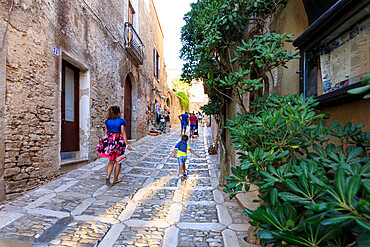 Alley in the old town, Erice, province of Trapani, Sicily, Italy