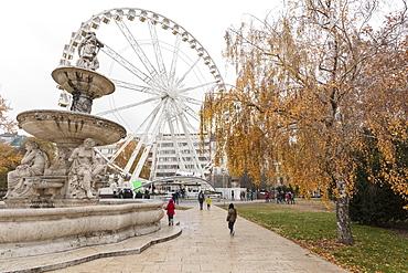 Ferris Wheel known as Budapest Eye, Erzsebet Square, Budapest, Hungary, Europe