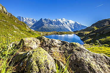 Mont Blanc range seen from Lac des Cheserys, Aiguille Vert, Haute Savoie, French Alps, France, Europe