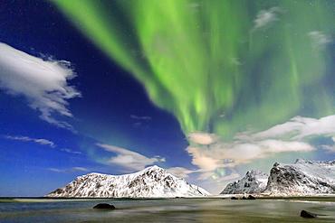 Northern Lights (aurora borealis) on Skagsanden sky, Lofoten Islands, Arctic, Norway, Scandinavia, Europe