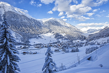The snowy village of Filisur, Canton of Grisons (Graubunden), Switzerland, Europe