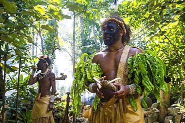 Traditional dressed man in the jungle, Ekasup Cultural Village, Efate, Vanuatu, Pacific
