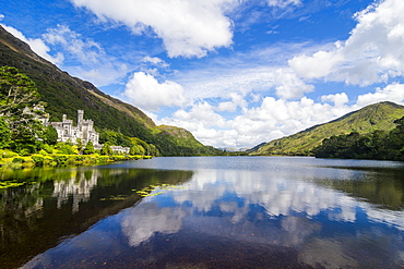 Kylemore Abbey on the Pollacapall Lough, Connemara National Park, County Galway, Connacht, Republic of Ireland, Europe
