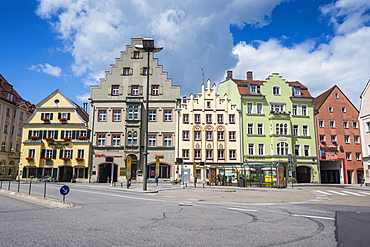 Old trader houses on Arnulfsplatz, a square in Regensburg, UNESCO World Heritage Site, Bavaria, Germany, Europe