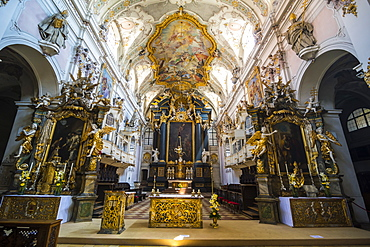 Interior of the Romanesque St. Emmeram's Basilica (abbey) now known as Schloss Thurn und Taxis, Regensburg, UNESCO World Heritage Site, Bavaria, Germany, Europe