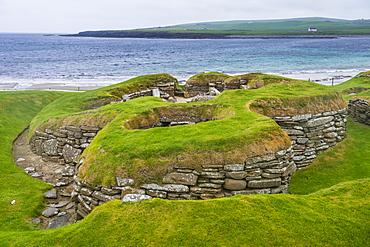 The stone built Neolithic settlement of Skara Brae, UNESCO World Heritage Site, Orkney Islands, Scotland, United Kingdom, Europe