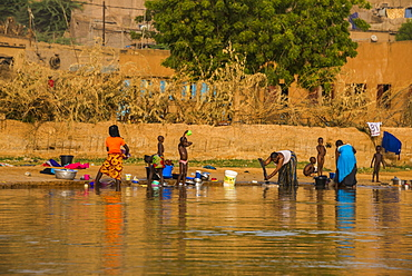 People washing on the banks of the River Niger, Niamey, Niger, Africa