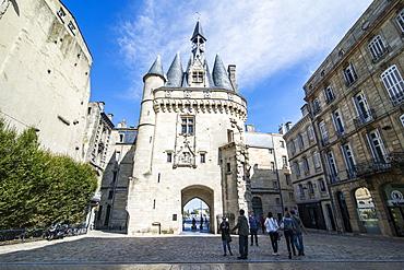 Porte Cailhau historic entrance gate to the city of Bordeaux, Aquitaine, France, Europe