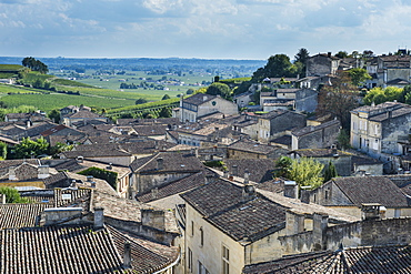 View over the UNESCO World Heritage Site, St. Emilion, Gironde, Aquitaine, France, Europe