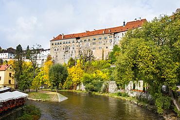 Krumlov castle and the Vltava River, Cesky Krumlov, Czech Republic, Europe