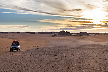 Expedition jeep in Northern Chad, Africa