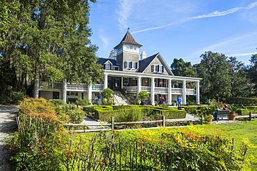Plantation house in the Magnolia Plantation outside Charleston, South Carolina, United States of America, North America