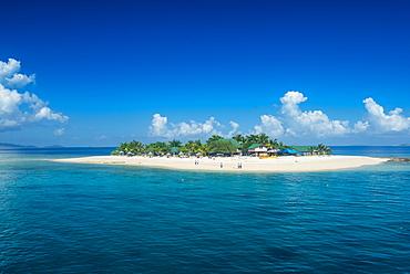 Beautiful South Sea island, Mamanuca Islands, Fiji, South Pacific