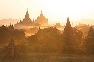 Bagan, Myanmar (Burma), Southeast Asia - 1185-190