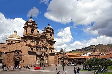La Compania de Jesus in Plaza de Armas, Cuzco, UNESCO World Heritage Site, Peru, South America