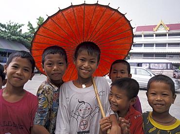 Thailand burmese refugee children wat prok, bangkok