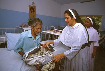 India - health: saint josephs hospice for cancer patients, kottayam, kerala