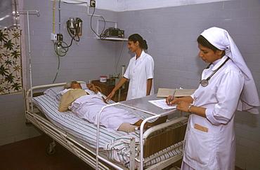 India - health: caritas hospital, kottayam, kerala