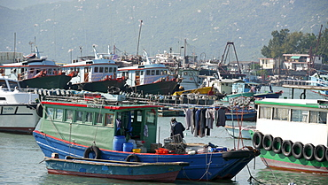HONG KONG Cheung Chau Island. Fishing boats. photo by Sean Sprague - 1194-120