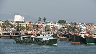HONG KONG Cheung Chau Island. Fishing boats. photo by Sean Sprague