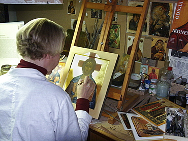 Russia expert restoring icons russian orthodox chapel & martha convent moscow