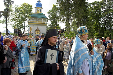 Russia clergy circumambulating monastery during annual feast procession on 28/8/2006 at pechersky caves monastery, pskov district, founded on august 28th 1473 by saint jonah sheshnik