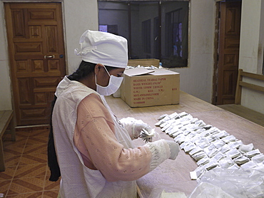 BOLIVIA FUNDAWI factory in El Alto where the teas are put into tea-bags and packaged ready for market.