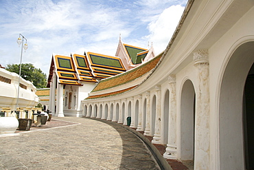 Thailand ancient buddhist temple and stupa of phra pathom chedi, nakhon pathom