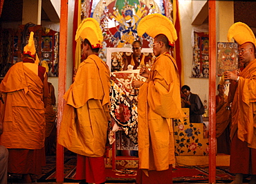 Kalchakra initiation. holiness 14th dalai lama conferring giving kalachakra initiation in bodgaya, india. Because of profundity, kalachakra initiation be bestowed only by most realized of tibets lamas. Rays of light at heart of lama-inseparable from kalachakra-draw in. Entering mouth pass through center of body, through vajra path enter mothers lotus, melting into a luminous drop which dissolves into emptiness. From within emptiness arises a jewel from which arise as a deity embraced by consort mamaki. -instructions visualization in kalachakra tantra