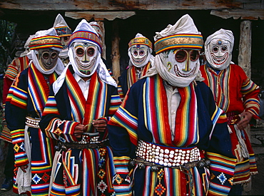 Mani mask dancers at mani festival marks setting in of spring season in humla. masked dances diversion a long-established part of bonpo religious ceremonies.Dance Is means by which supernatural forces be brought down to world of. Dance recalls a time when distance between spirits samll. Humla, north-west nepal
