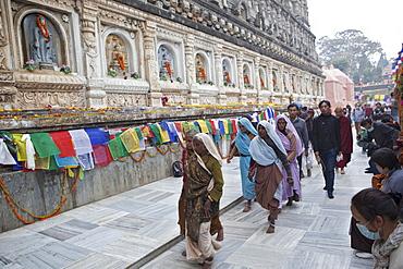 Hindu pilgrims come to maha bodhi temple to worship buddha because he is the reincarnation of vishnu. Maha bodhi temple complex. Kalachakra initiation in bodhgaya, india