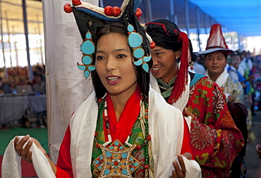 Tibetan musicians perform at maha bodhi temple. Kalachakra initiation in bodhgaya, india