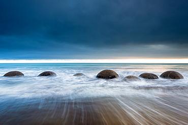 Moeraki Boulders, Koekohe Beach, Moeraki Penninsula, Otago, South Island, New Zealand, Pacific