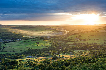 View from Curbar Edge looking towards Calver, evening light, Dark Peak, Peak District National Park, Derbyshire, England, United Kingdom, Europe