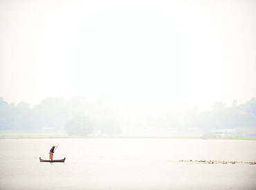 Fisherman at the U Bein Bridge, Taungthaman Lake, Amarapura near Mandalay, Myanmar (Burma), Asia