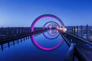 The Falkirk Wheel, connecting the Forth Clyde Canal to the Union Canal, Falkirk, Stirlingshire, Scotland, United Kingdom, Europe