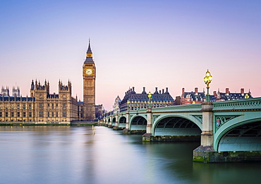 Westminster Bridge, Palace of Westminster and the clock tower of Big Ben (Elizabeth Tower), London, England, United Kingdom, Europe