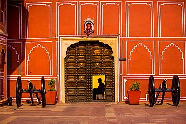 Guard at Rambagh Palace, Jaipur, Rajasthan, India, Asia