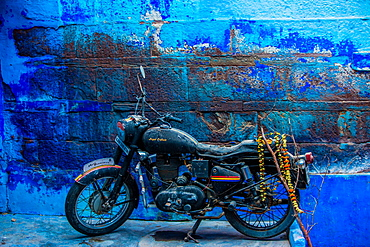 Motorcycle parked on the street of Jodhpur, the Blue City, Rajasthan, India, Asia