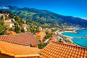 City view of medieval Menton, Alpes-Maritimes, Cote d'Azur, Provence, French Riviera, France, Mediterranean, Europe