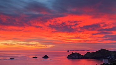 Looking south-east from New Zealand's Coromandel Peninsula to the Alderman Islands at dawn, Waikato, North Island, New Zealand, Pacific