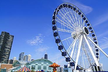 The ferris wheel on Navy Pier, Chicago, Illinois, United States of America, North America