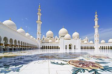 Sheikh Zayed Grand Mosque, Abu Dhabi, United Arab Emirates, Middle East