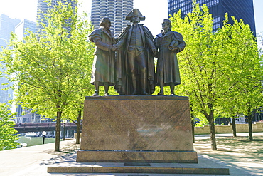 Robert Morris, George Washington, Haym Salomon Memorial statue stands by the Chicago River, Chicago, Illinois, United States of America, North America