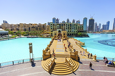 Souk Al Bahar Bridge and Burj Khalifa Lake, Dubai, United Arab Emirates, Middle East