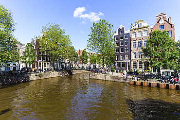 Old gabled buildings on Brouwersgracht, Amsterdam, North Holland, The Netherlands, Europe